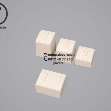 پایه انگشتری دکور طلافروشی مربع ابعاد 3.5*3.5 سانتی متر
