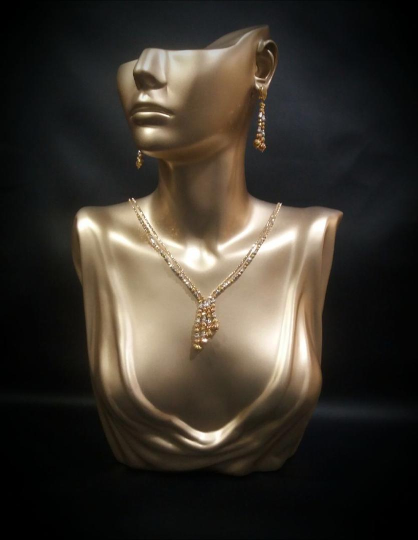 مجسمه تنه دکوراسیون طلا فروشی